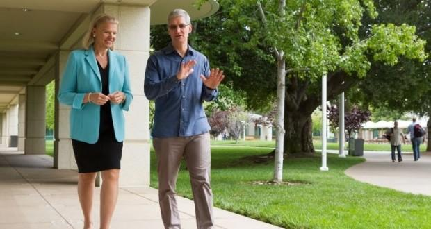 Apple & IBM Tim Cook