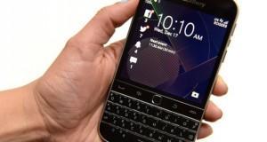 BlackBerry Tagli Posti Lavoro