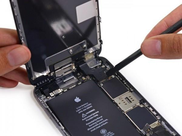 Apple-iPhone-6s-Plus-teardown (1)
