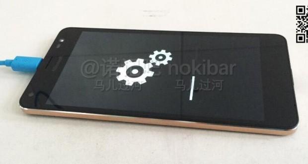 Microsoft-Lumia-device-possibly-the-Lumia-850-a.k.a-Honjo