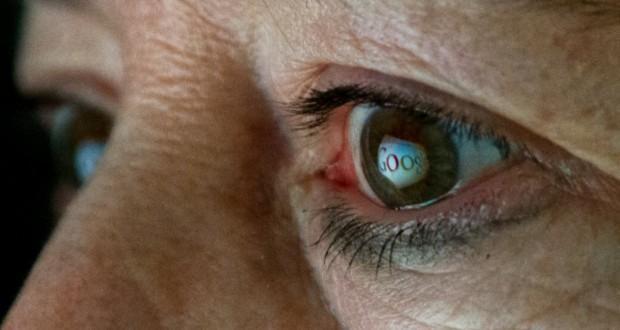 Google brevetta lenti a contatto smart
