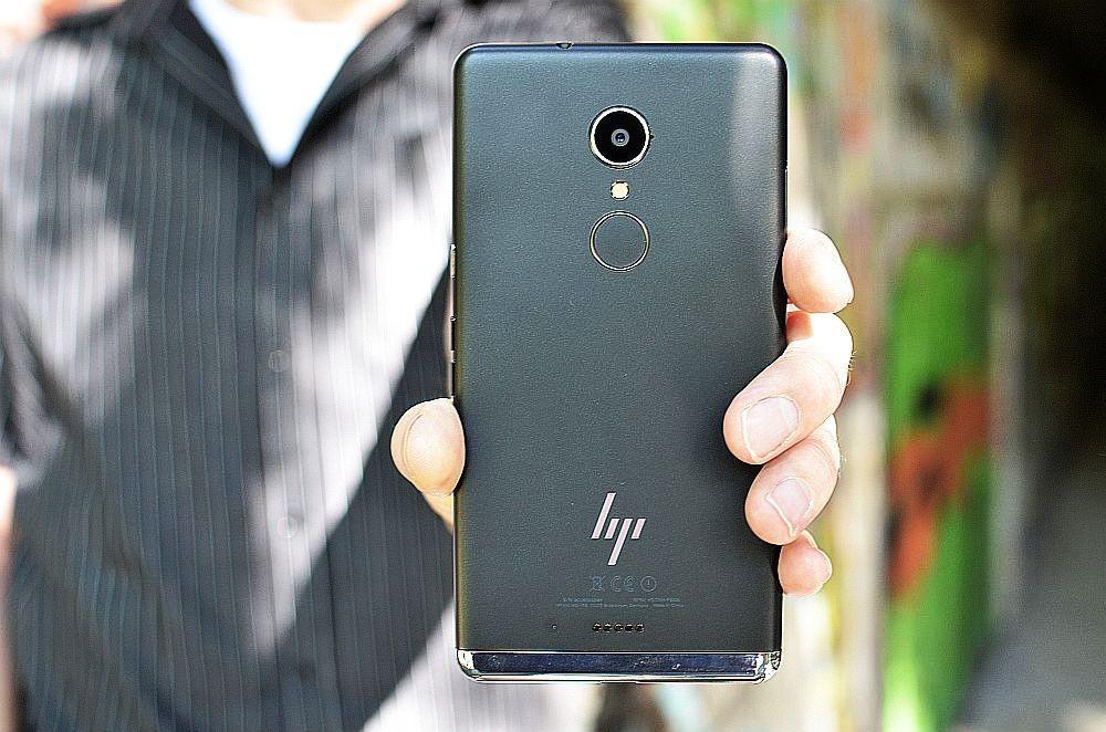 HP Elite X3 (1)